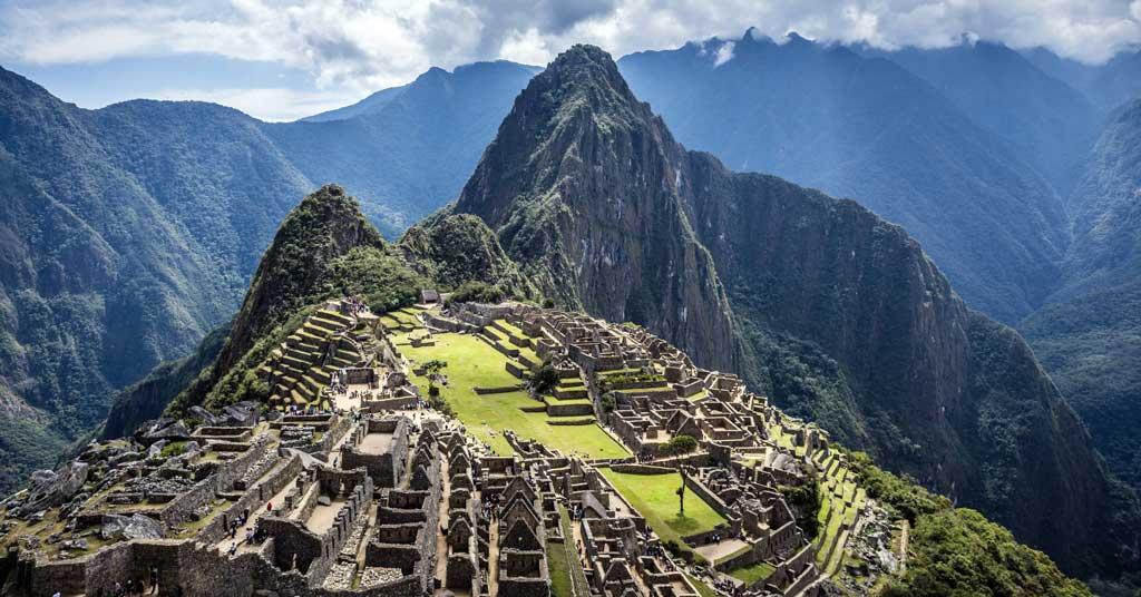 Machu-Picchu-Varnic